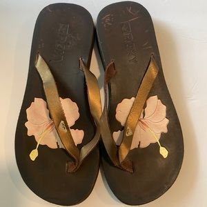 Roxy Hibiscus Brown Sandal